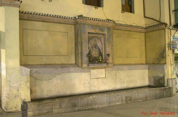 Pilar de la Calle Elvira. Granada