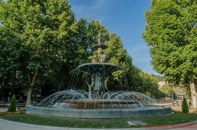Fuente de las Granadas. Paseo del Salón