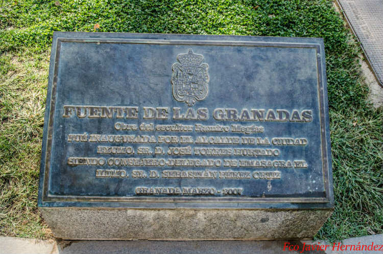 Fuente de las Granadas. Paseo del Salón.