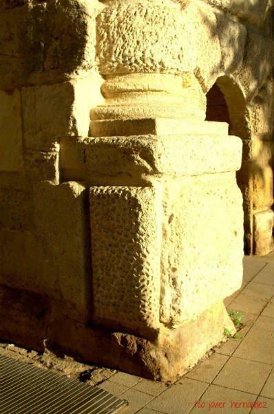 Puerta de las Granadas. Cuesta de Gomérez