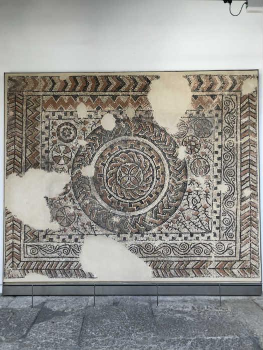 Restos romanos del Albaicín conservados en el Museo Arquelógico