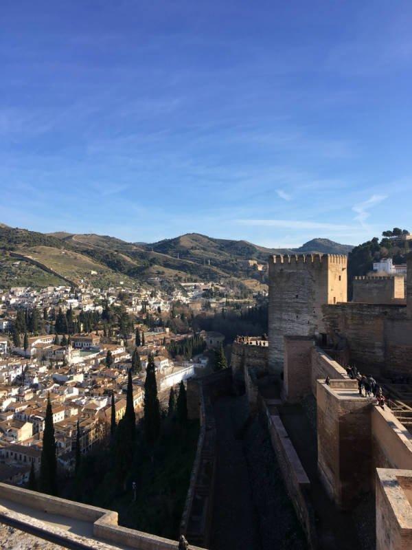 Parte de la Alcazaba y el Albaicín desde la Torre de la Vela.