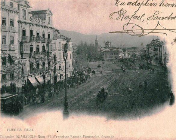 Acera del Casino. Postal de la serie de Francisco Román Fernández. El tranvía no estaría inaugurado.
