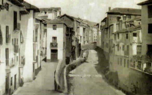 Calle Reyes Católicos 1865