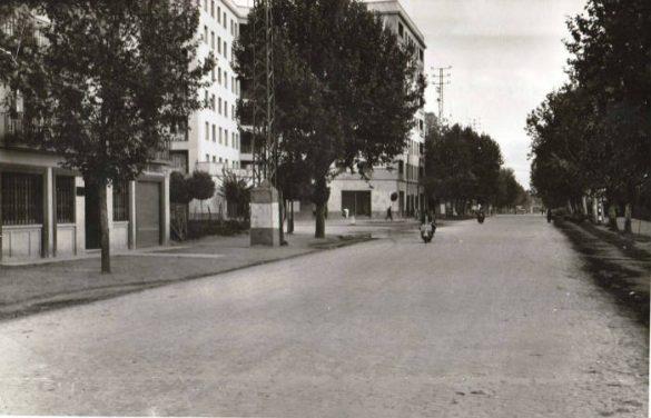 Camino de Ronda, junto a la calle Recogidas en torno a 1960. Granada