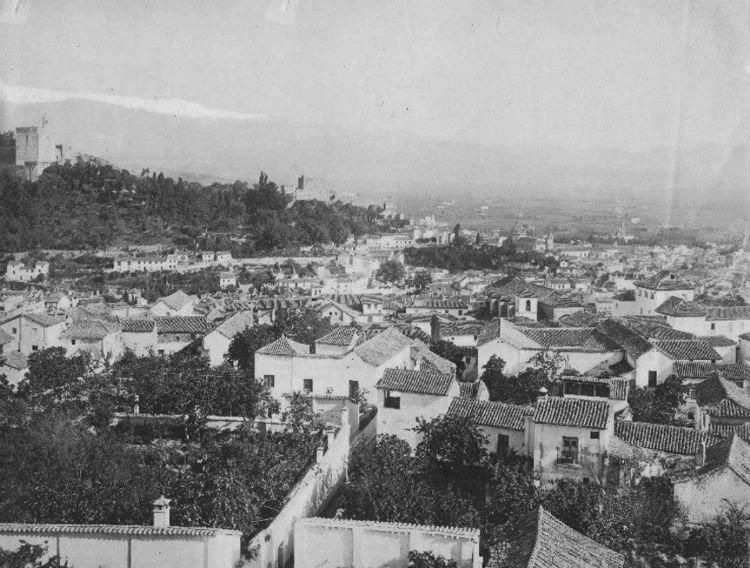 Granada desde el campanario de San Cristóbal en 1908