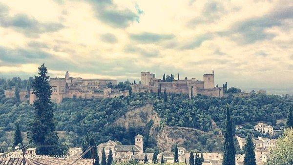 Vistas de la Alhambra desde el mirador.