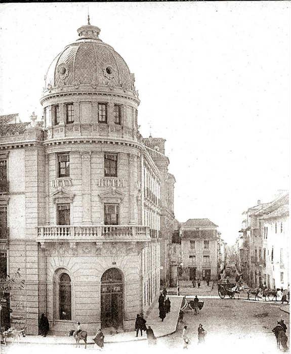 Hotel Victoria con Calle Recogidas