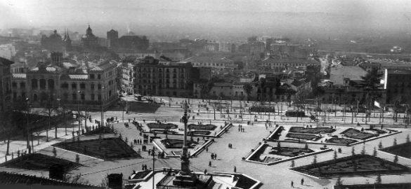 Jardines del Triunfo de Granada. 16 de febrero de 1962. Torres Molina Archivo de IDEAL