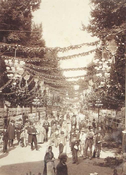 Paseo del Salon en el homenaje a Zorrilla, 1885-1890.