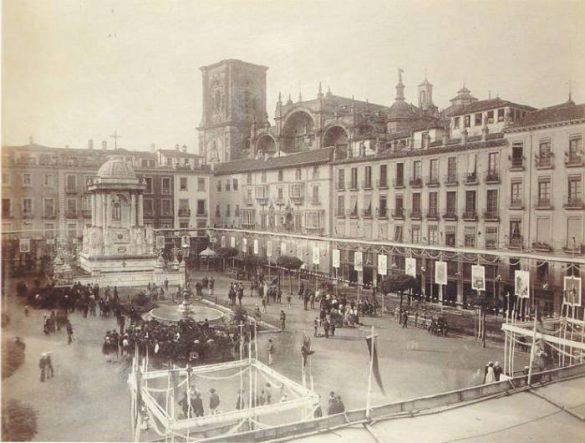 Plaza de Bibrambla en las fiestas del Corpus, 1889.