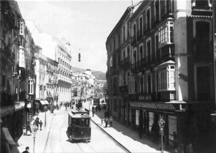 Calle Resyes Católicos en 1920