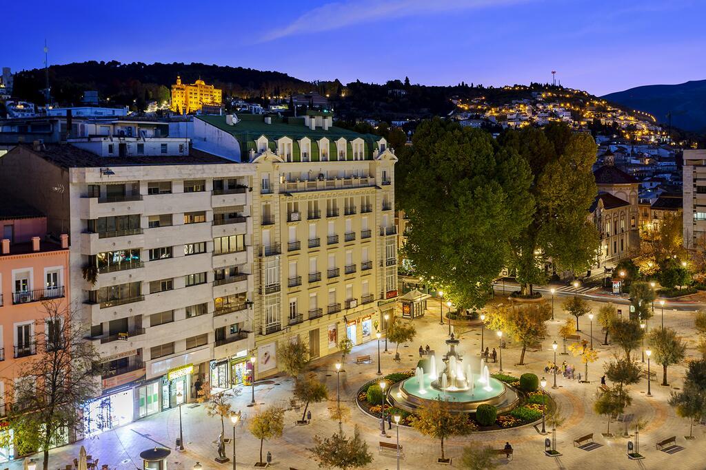 Dónde alojarse en Granada. Eurostars Puerta Real, abajo Fuente de las Batallas