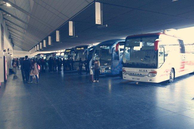 Andenes de la Estación de Autobuses de Granada