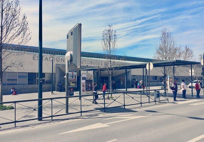 Entrada y salida de la Estación de Autobuses