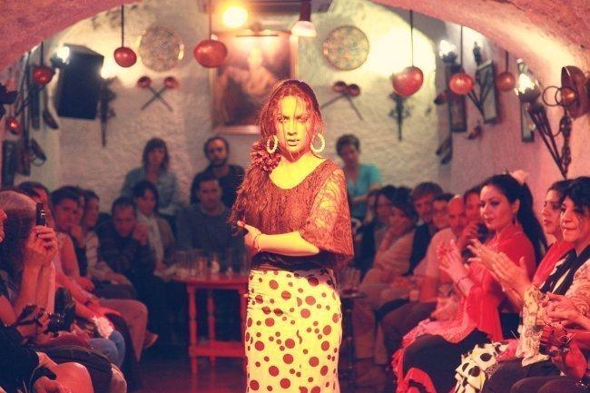 Flamenco y cena en el Sacromonte, en la Cueva Los Tarantos