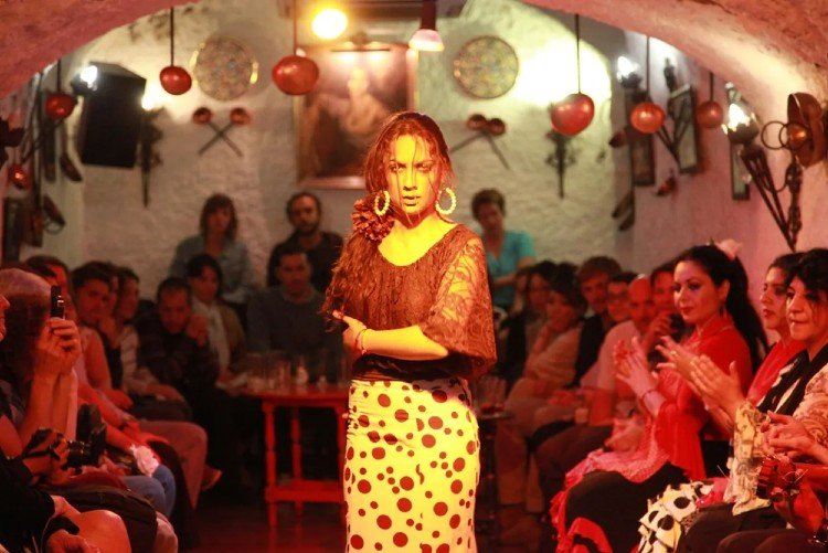Tablao Flamenco Cueva Los Tarantos Granada