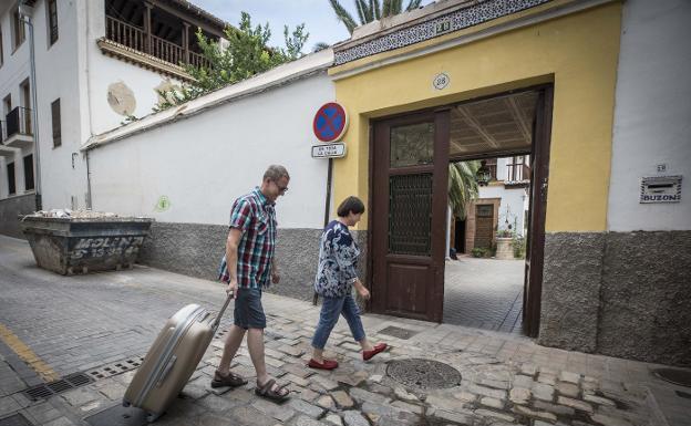 alojamientos turisticos Granada IDEAL