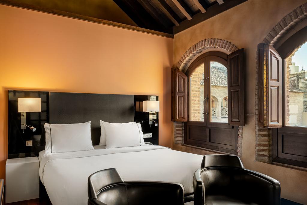Hotel Santa Paula Granada