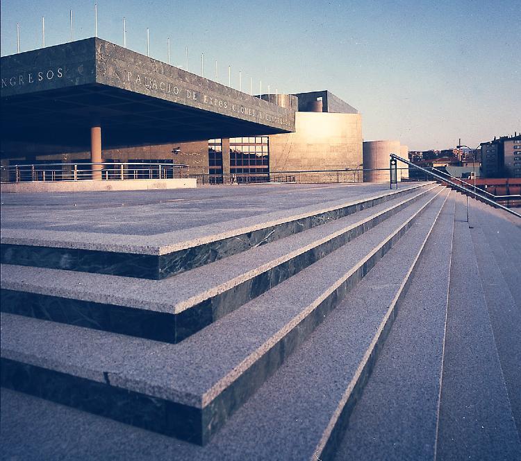 Resultado de imagen de terraza palacio congresos granada