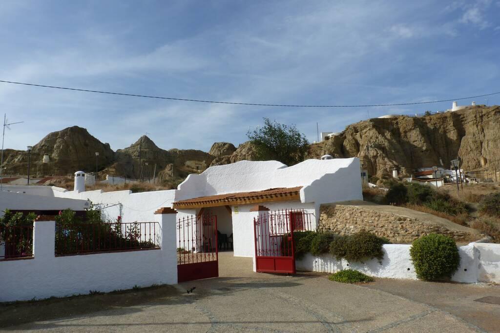 Casa Cueva Las Rosas