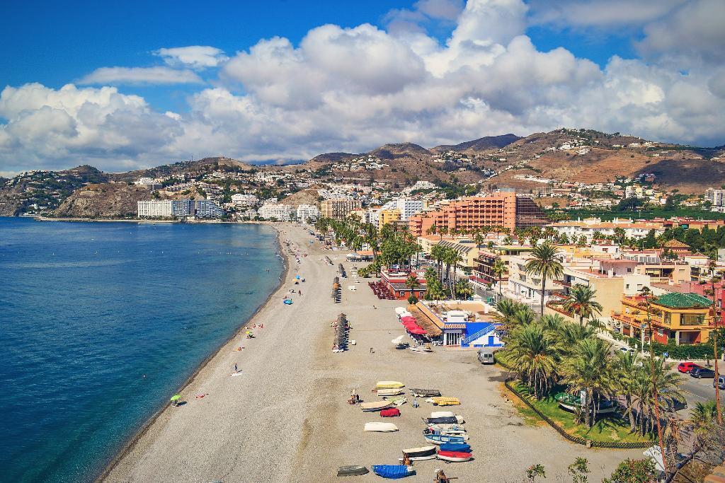 Playa de San Cristóbal (Almuñécar)